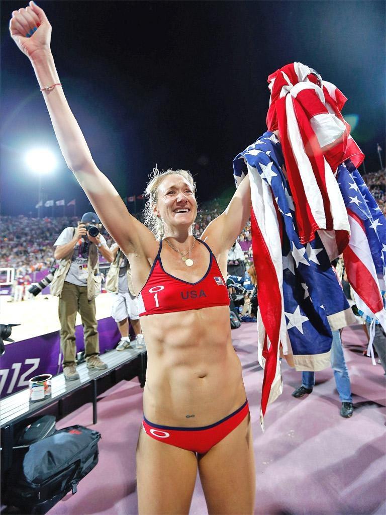 Kerri Walsh Jennings celebrates winning Gold in London