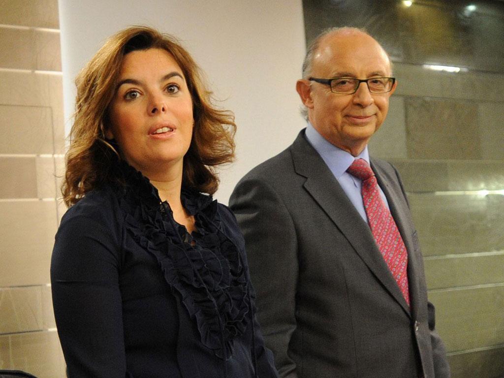 Spain''s Deputy PM, Soraya Saenz de Santamaria, and the Treasury minister Cristobal Romero present the budget yesterday