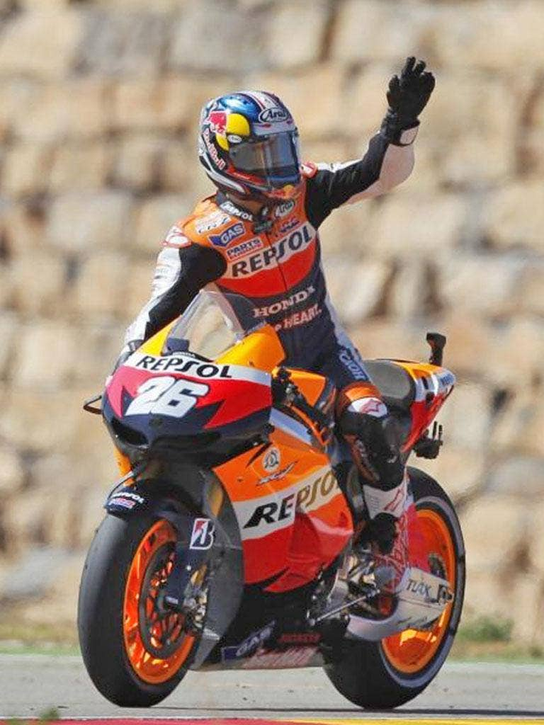 Dani Pedrosa salutes the fans after his Aragon victory