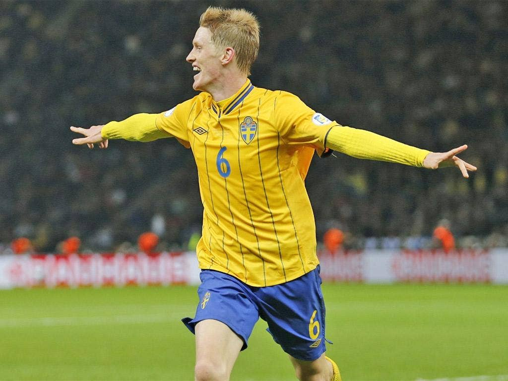 Rasmus Elm's last-minute equaliser ended the Germans' 100 per cent record