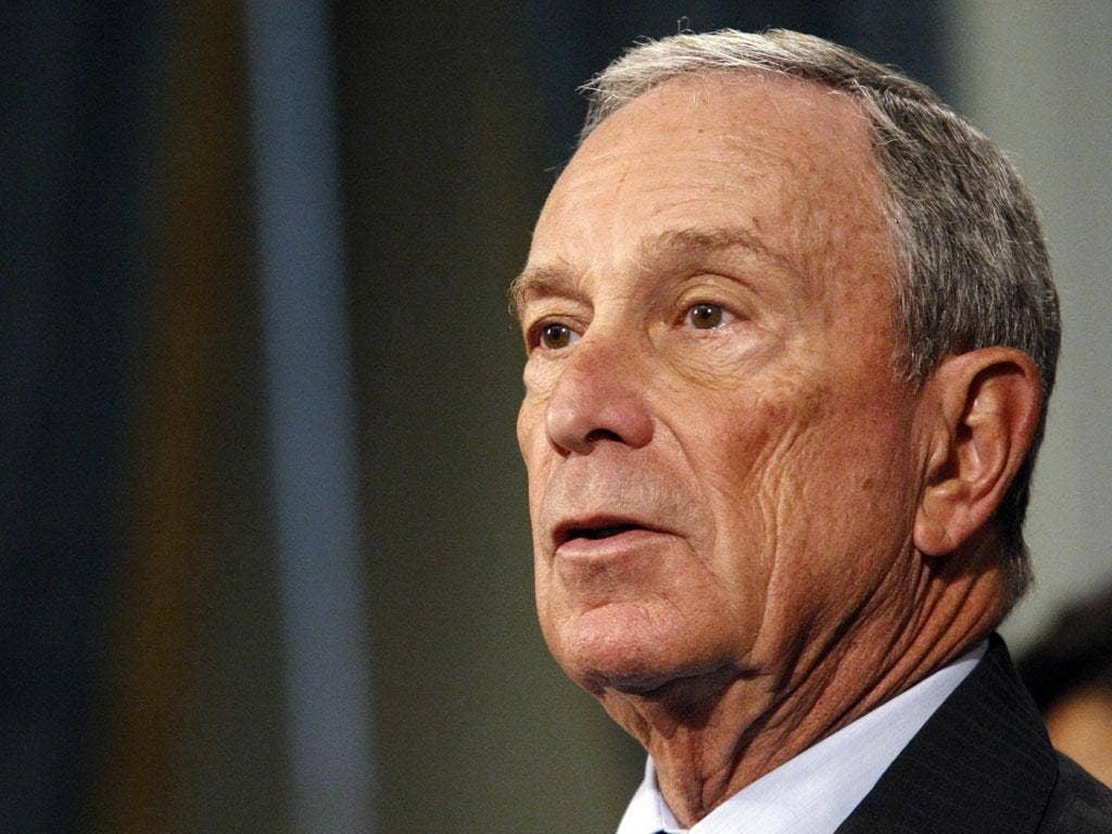New York Mayor Michael Bloomberg has announced he will vote for Barack Obama in the Presidential elections