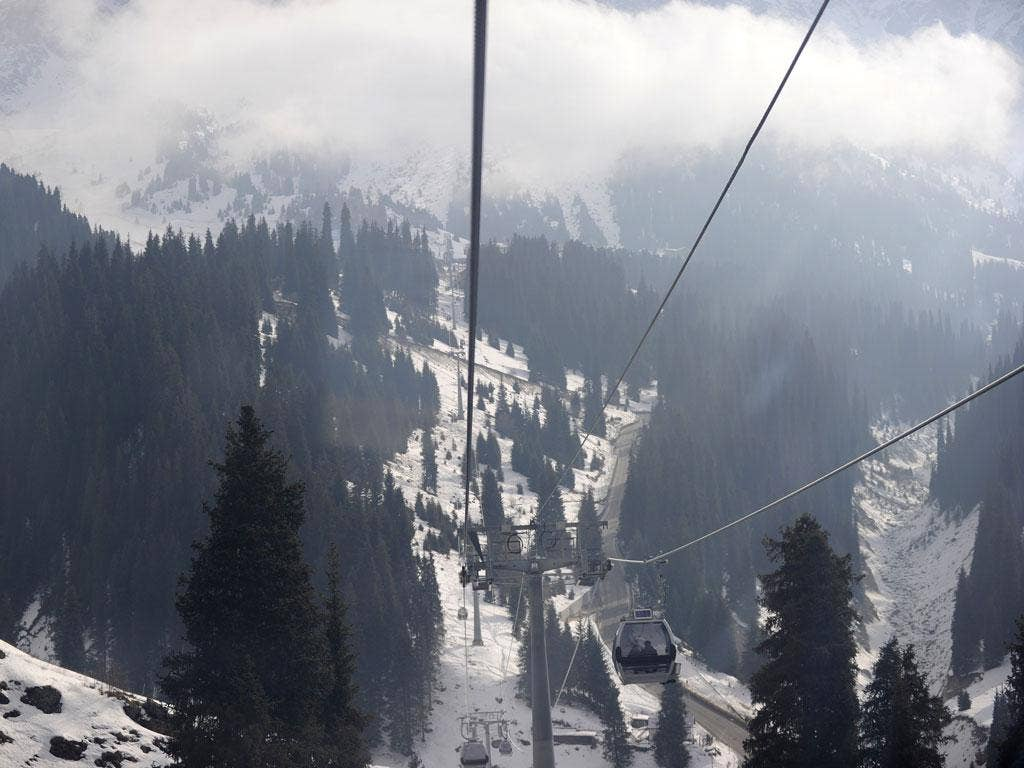 The cable car linking the Medeu Alpine Ice Arena and the Shymbulak Alpine Resort