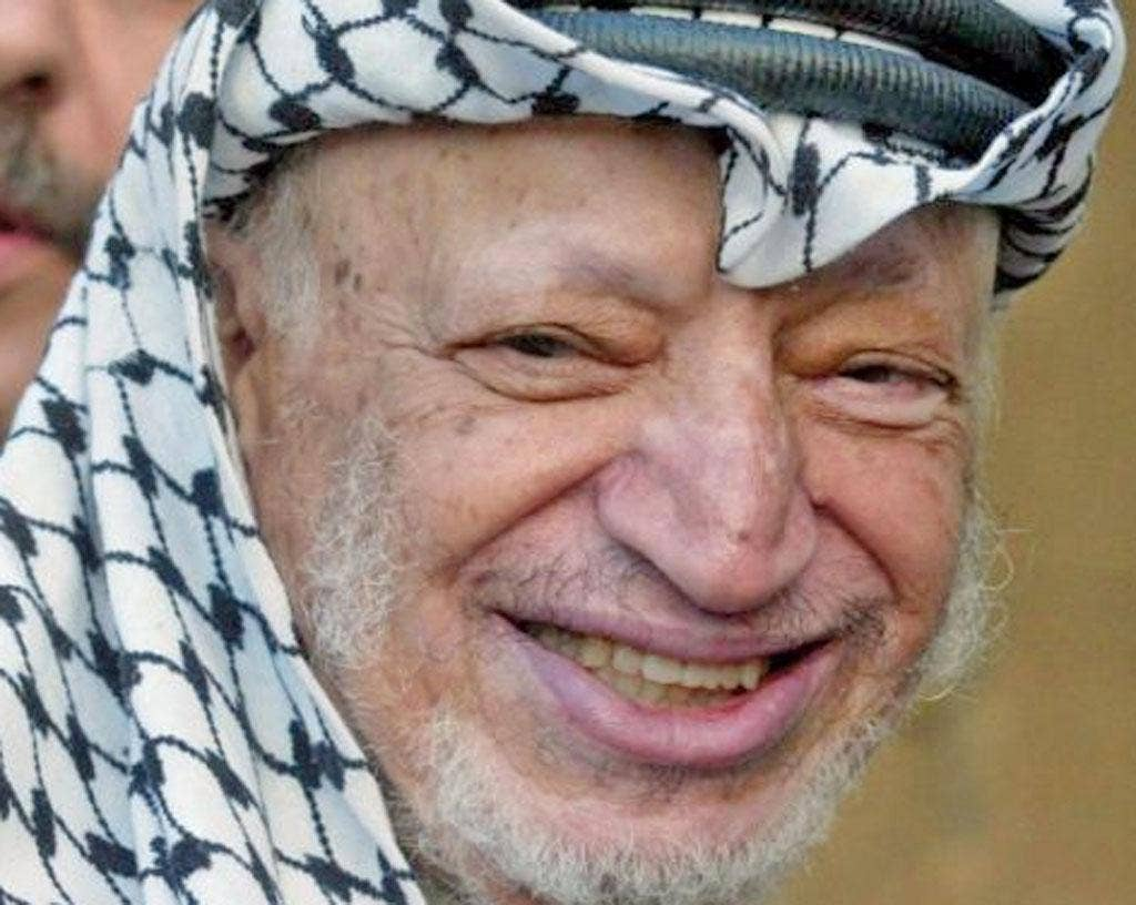 Inquires into Yasser Arafat's death will lead to the exhumation of his body on late November