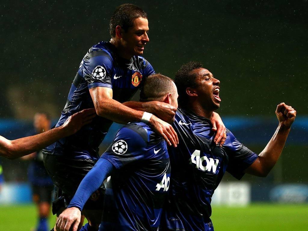 Wayne Rooney of Manchester United celebrates his goal
