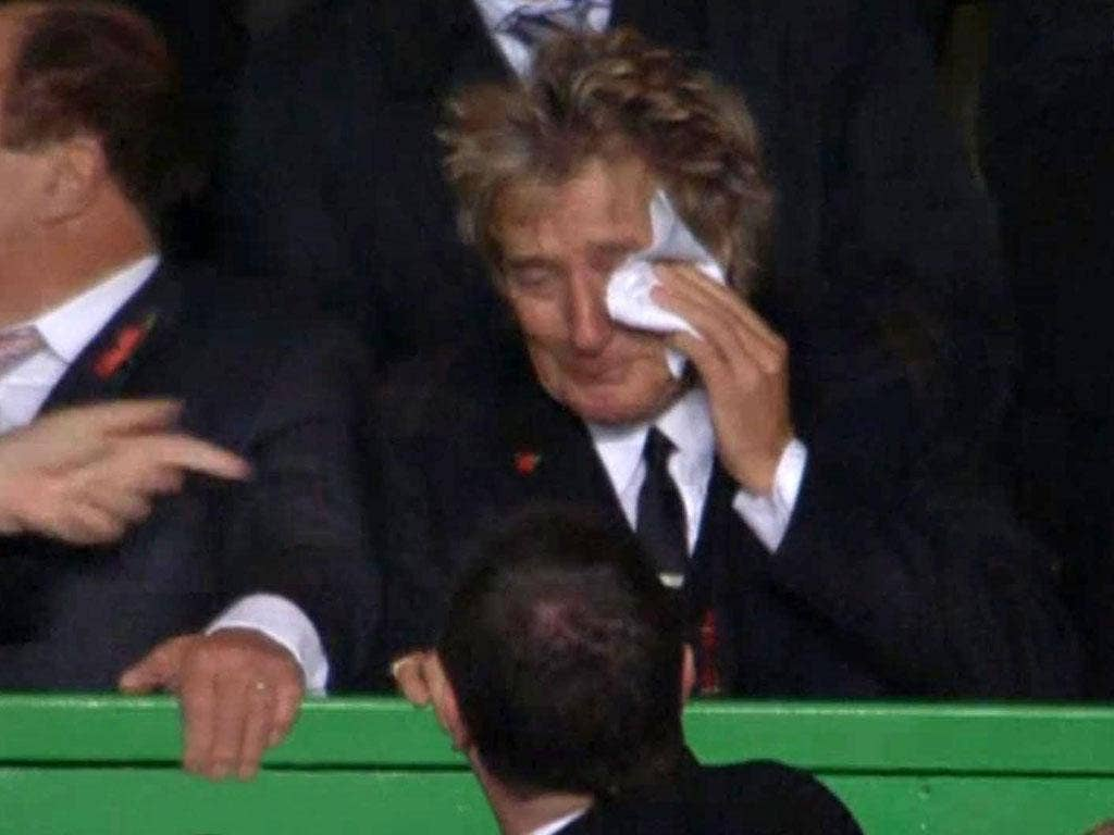Singer Rod Stewart was moved to tears by Celtic's victory