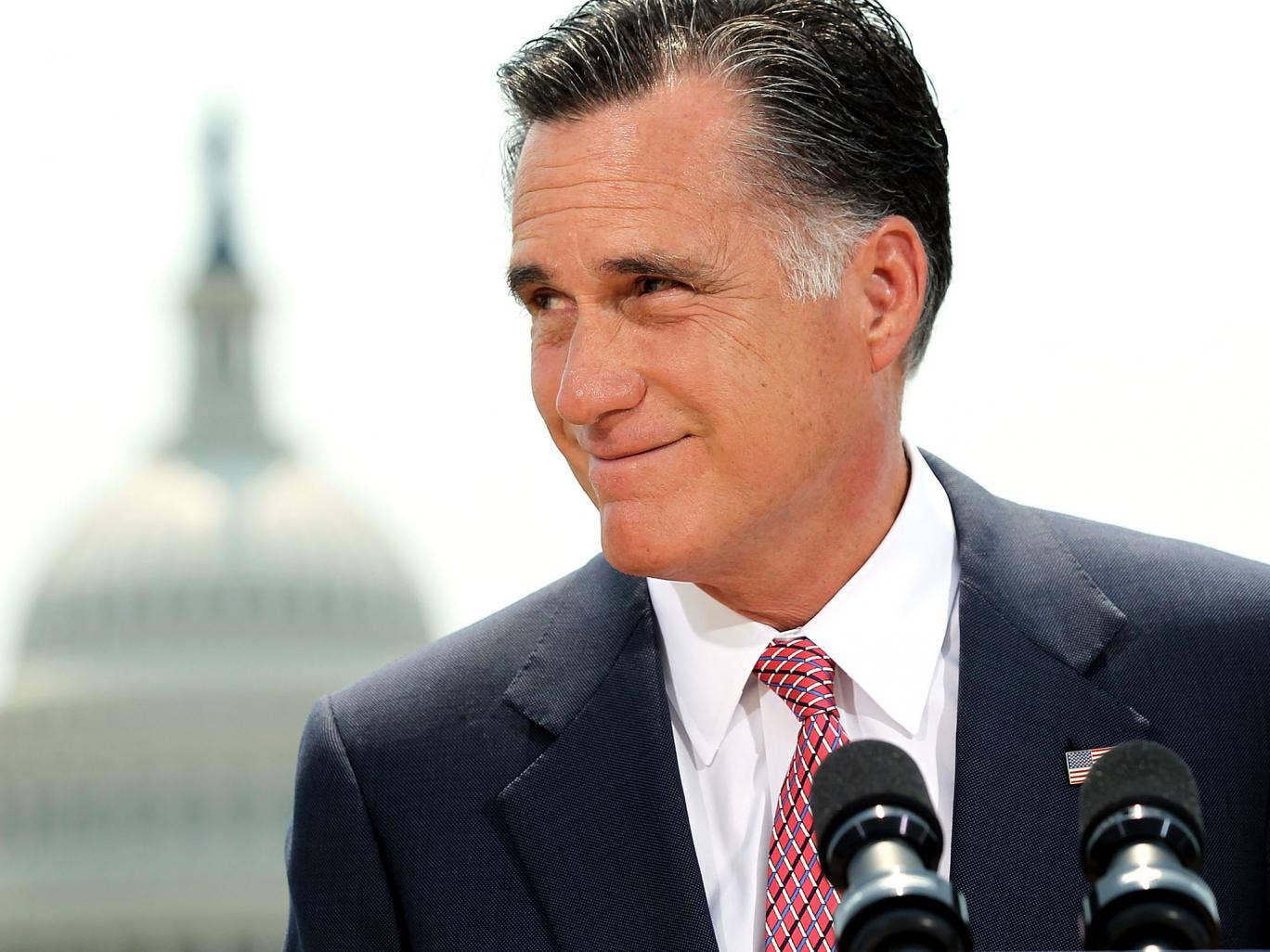 Mitt Romney blames his losses on Obama's 'gifts'