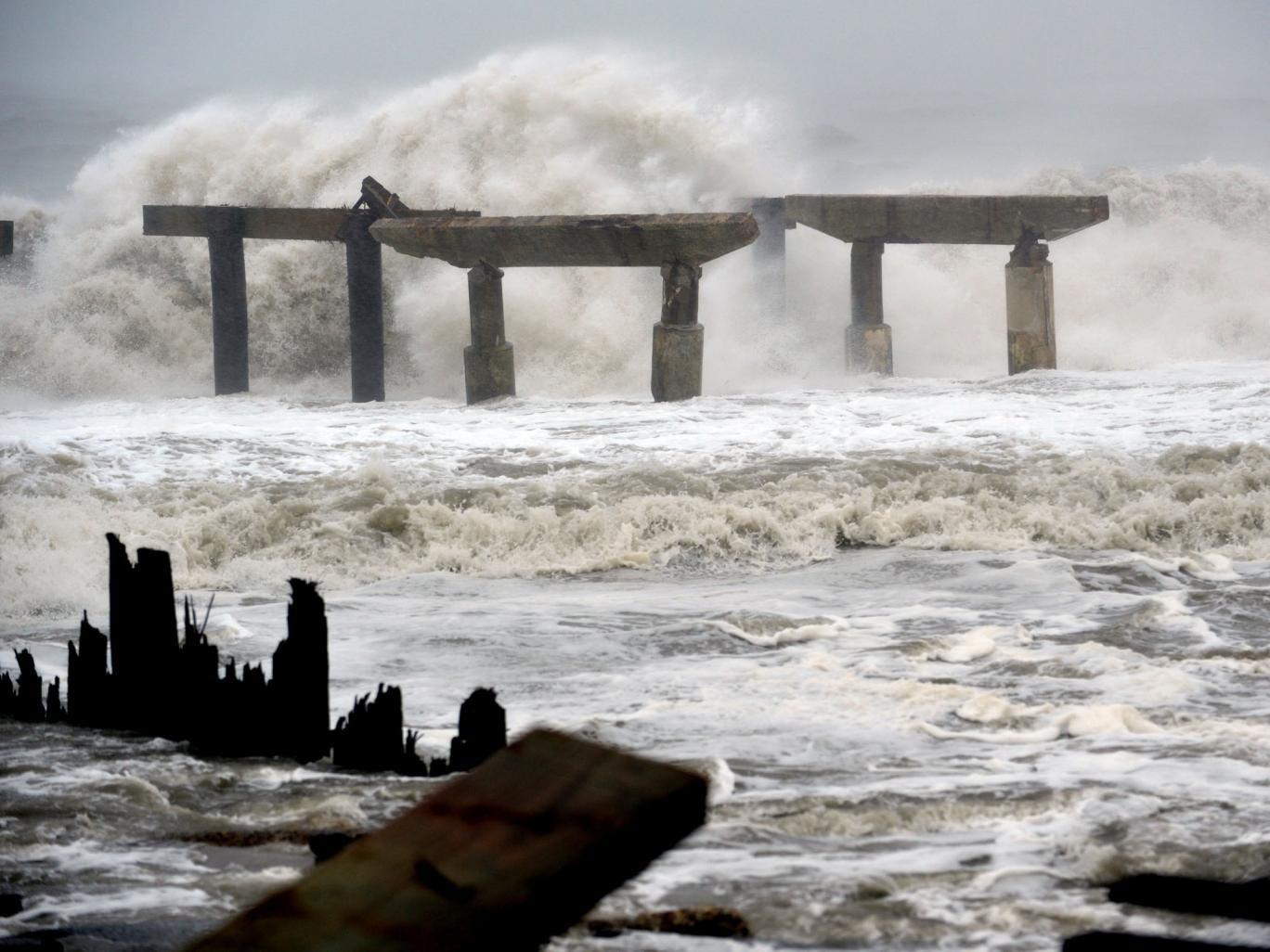 Superstorm Sandy lashes Atlantic City's coastline