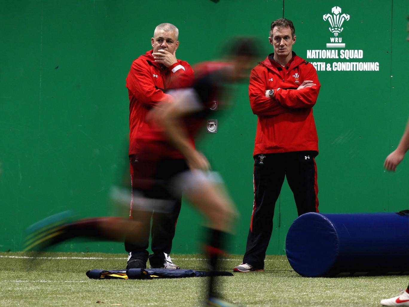 Warren Gatland (left) watches training with assistant Rob Howley