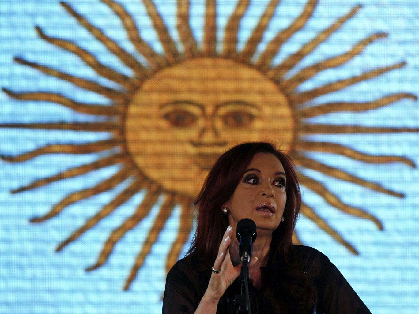 Cristina Fernandez de Kirchner insists the debt paper held by Paul Singer is illegitimate