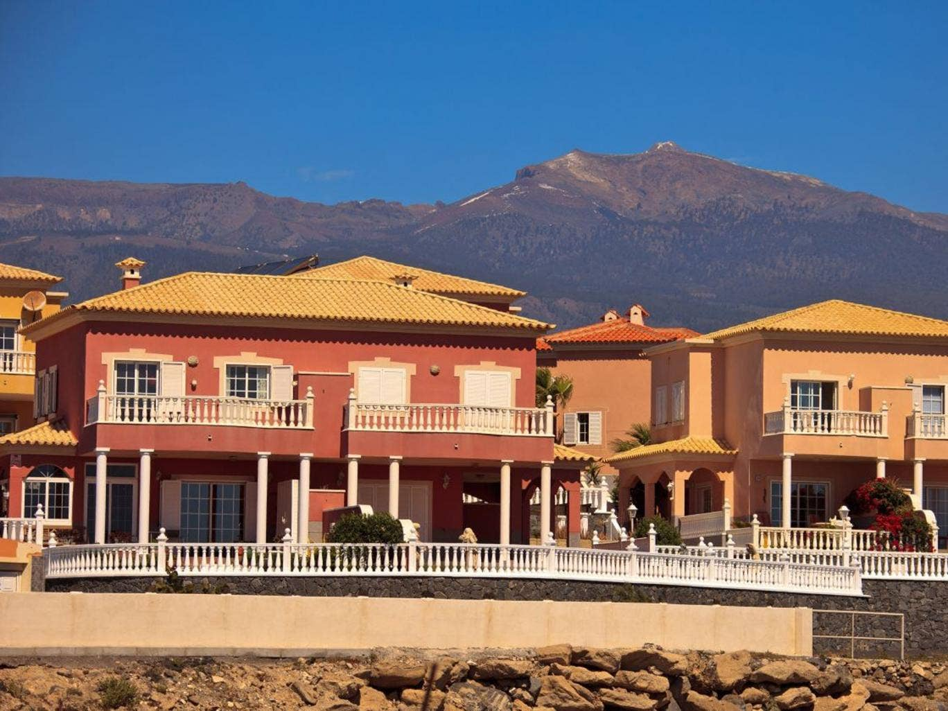 Despite the bad publicity created by timeshares, they are still popular in place such as Tenerife