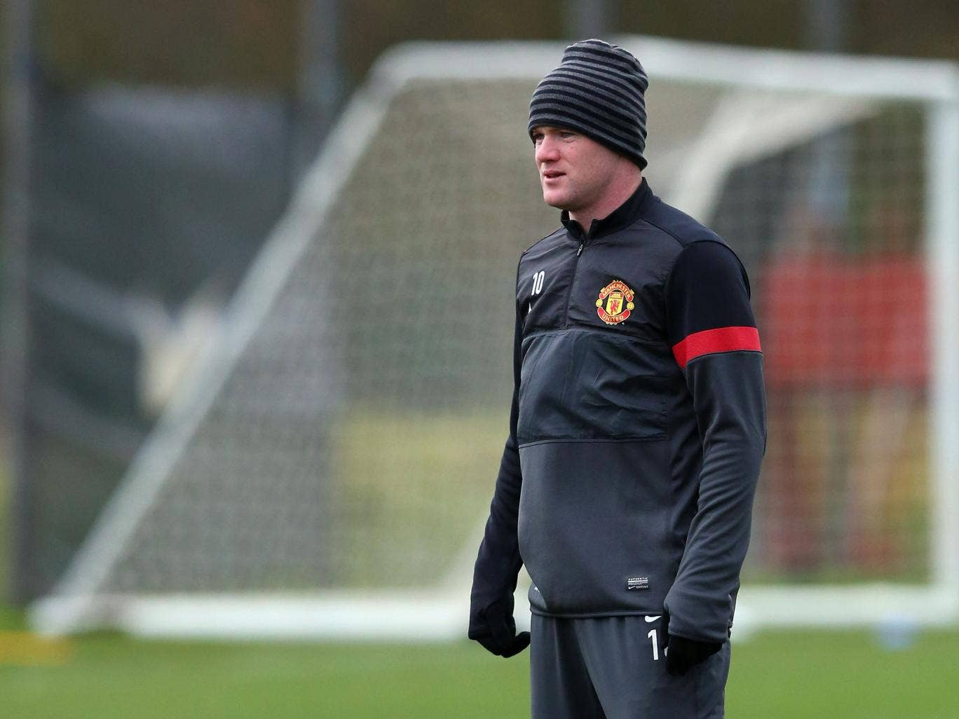 """Sir Alex Ferguson has said Wayne Rooney's """"frame"""" means that he is affected more than other players by time out of team"""
