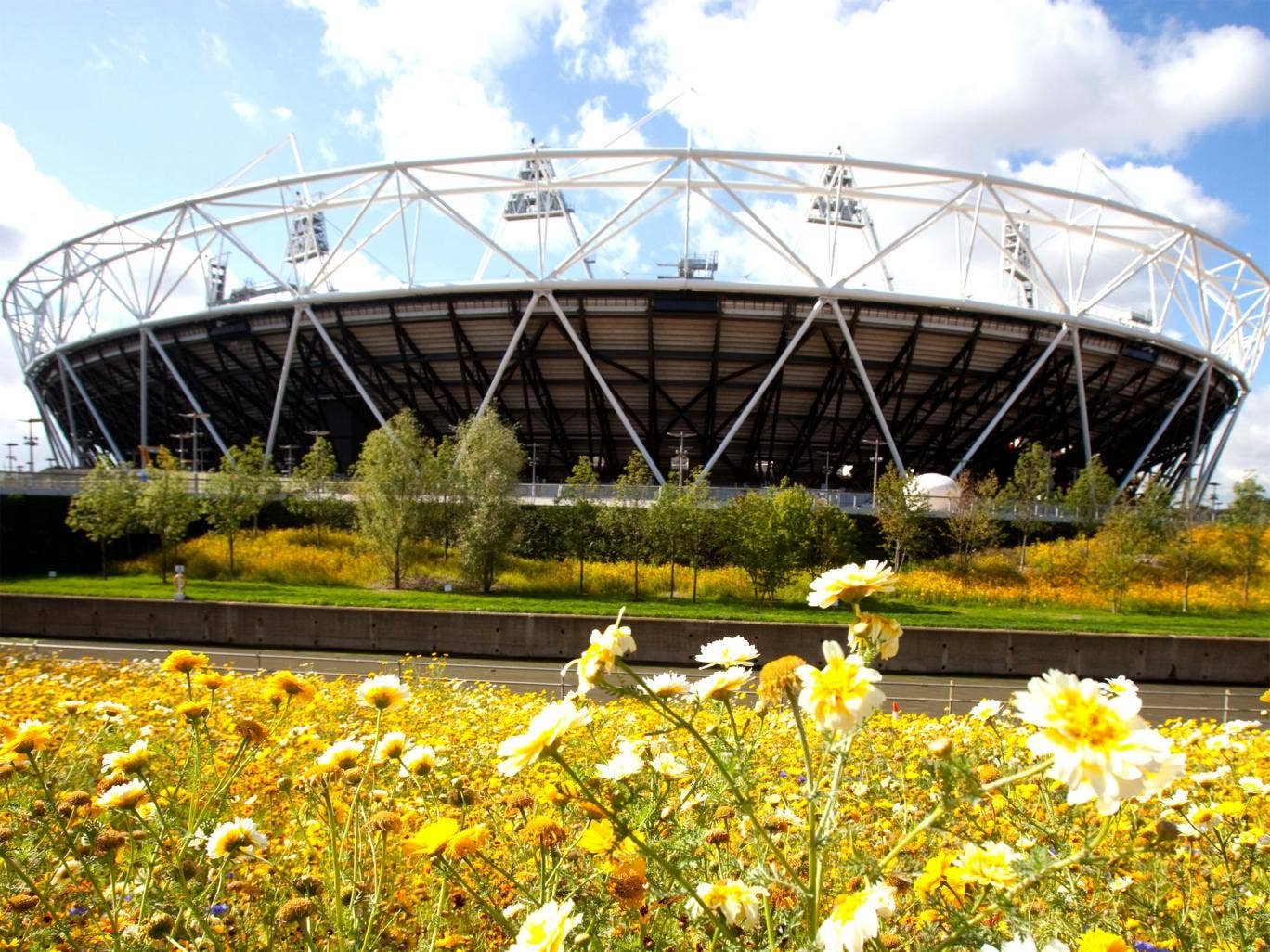The Olympic Stadium's future is still not agreed