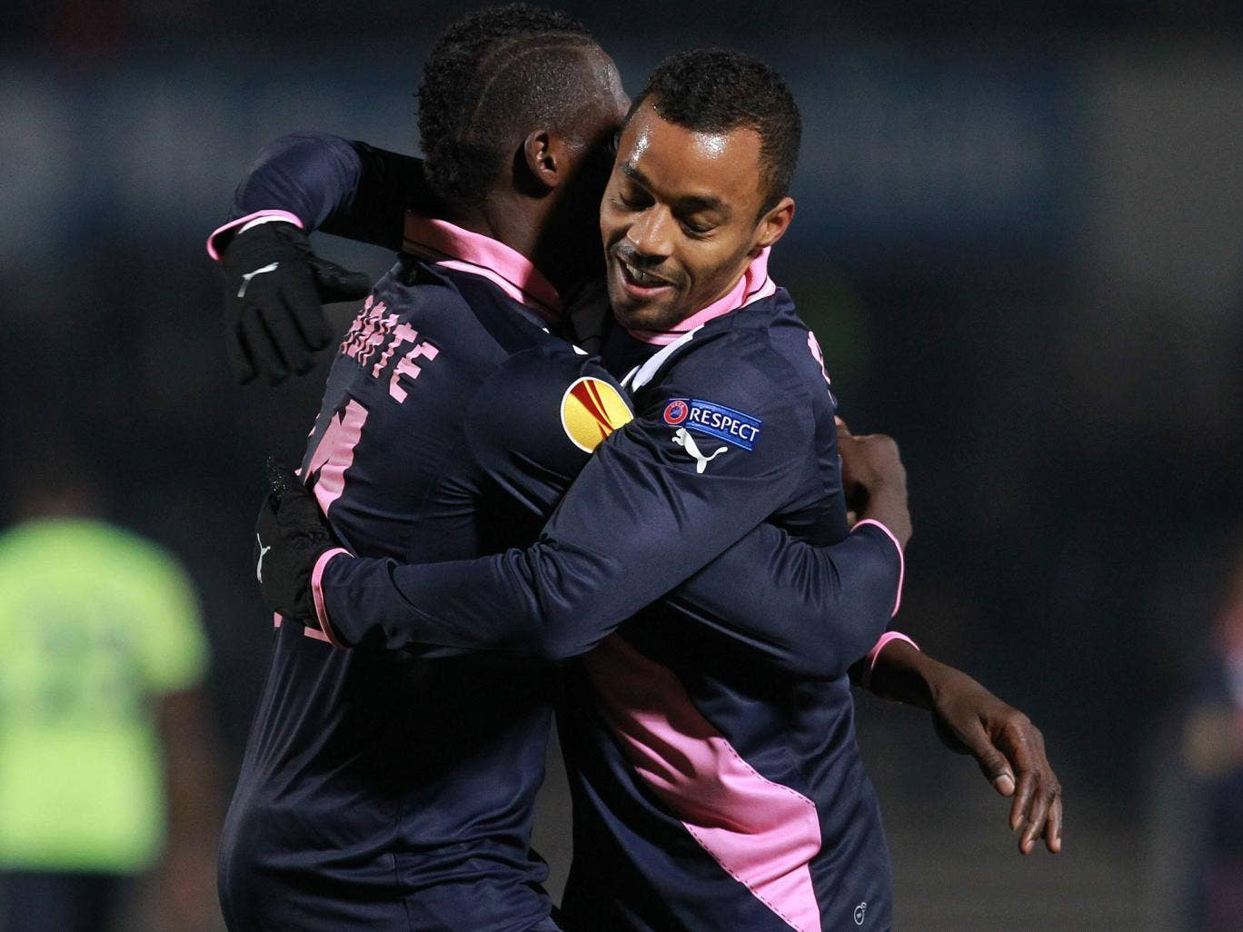 Bordeaux's Cheick Diabate centre left, celebrates with David Bellion, after scoring against Newcastle United