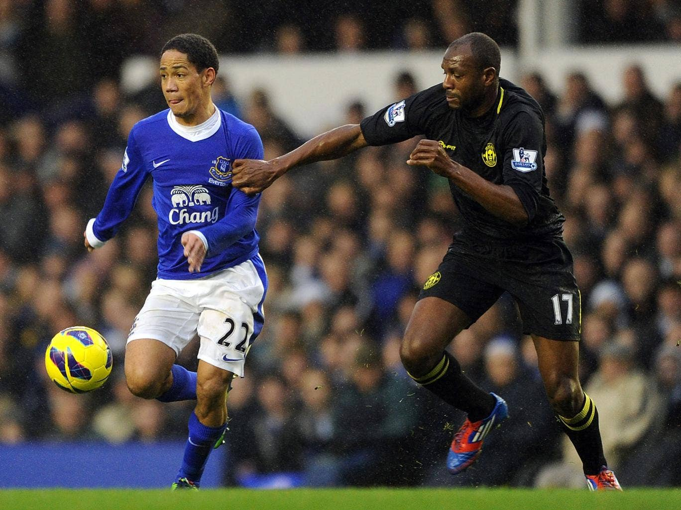 Steven Pienaar skips past his man in Everton's match against Wigan