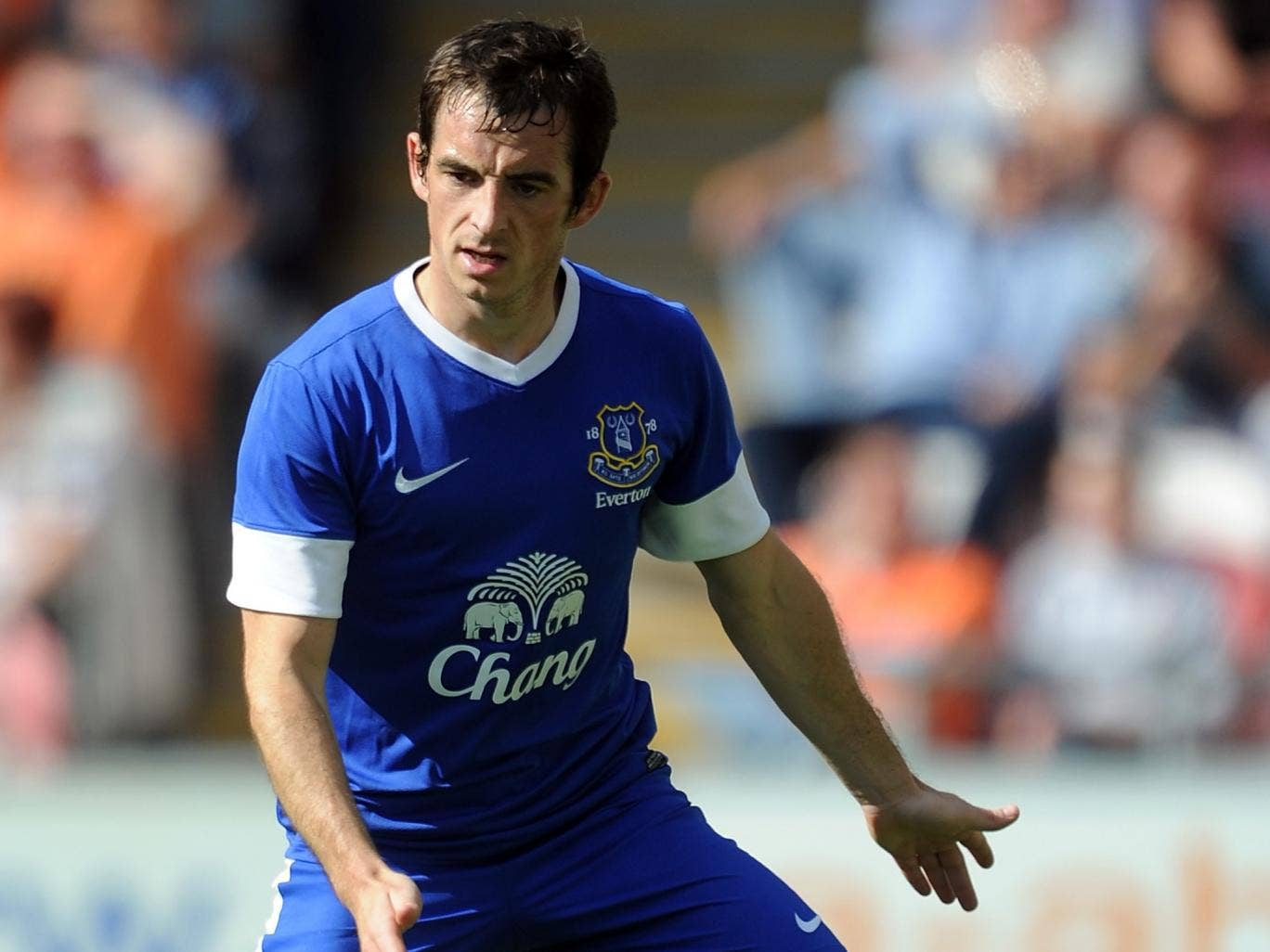 Everton's Leighton Baines has been linked with a move to Manchester UnitedEverton's Leighton Baines