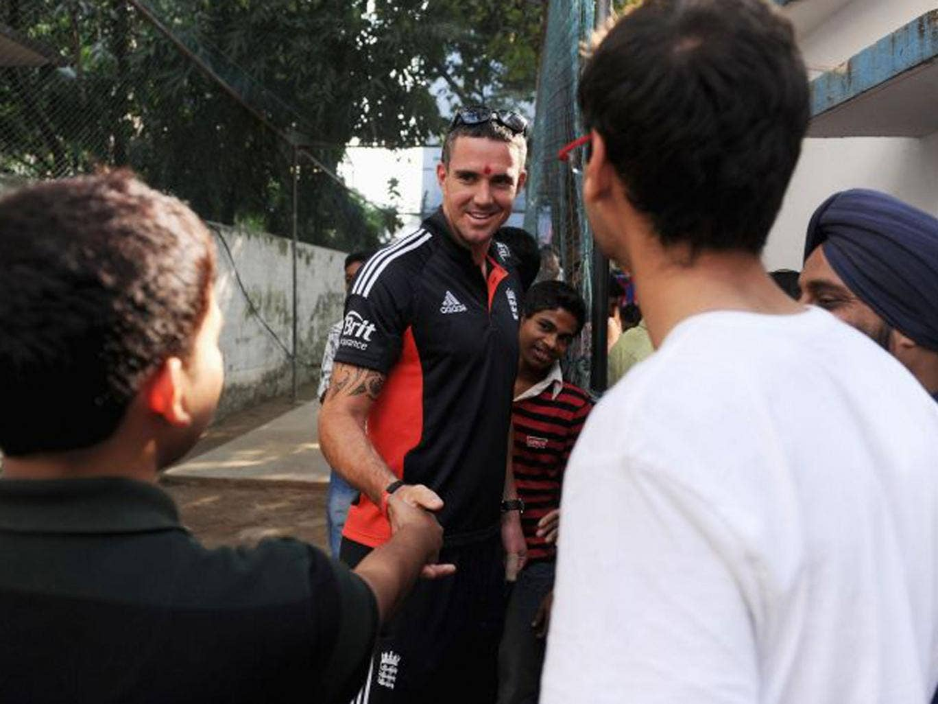 Kevin Pietersen meets Indian fans in Kolkata in 2011