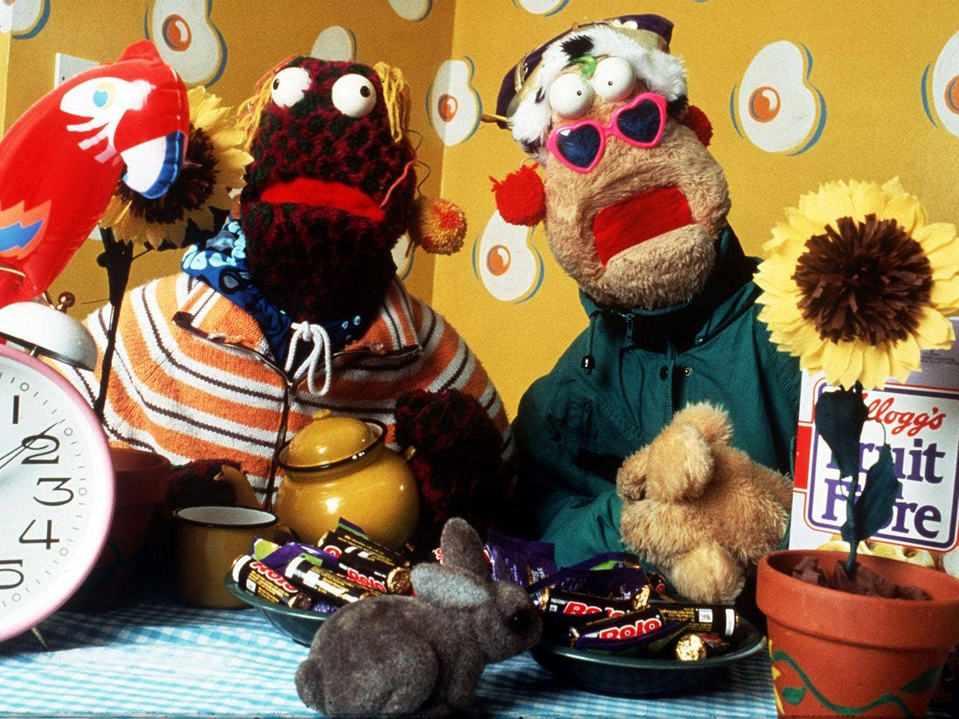 Zig and Zag, an Irish puppet duo performed by Mick O'Hara and Ciaran Morrison, were popular on Channel 4's Big Breakfast