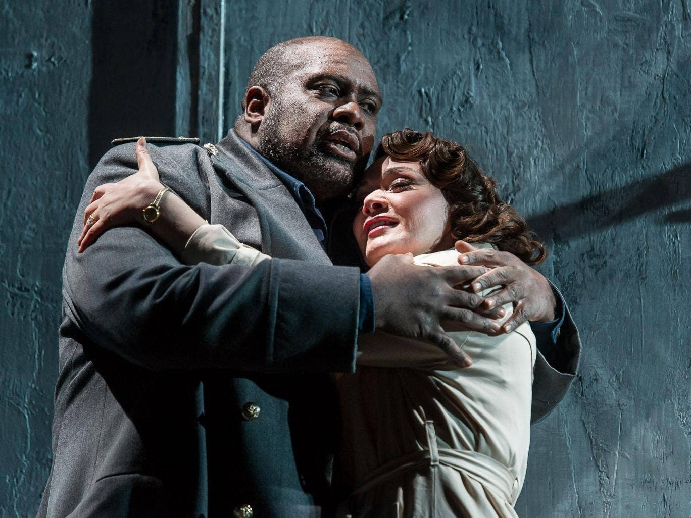 Love and war: Ronald Samm and Elena Kelessidi as Otello and Desdemona