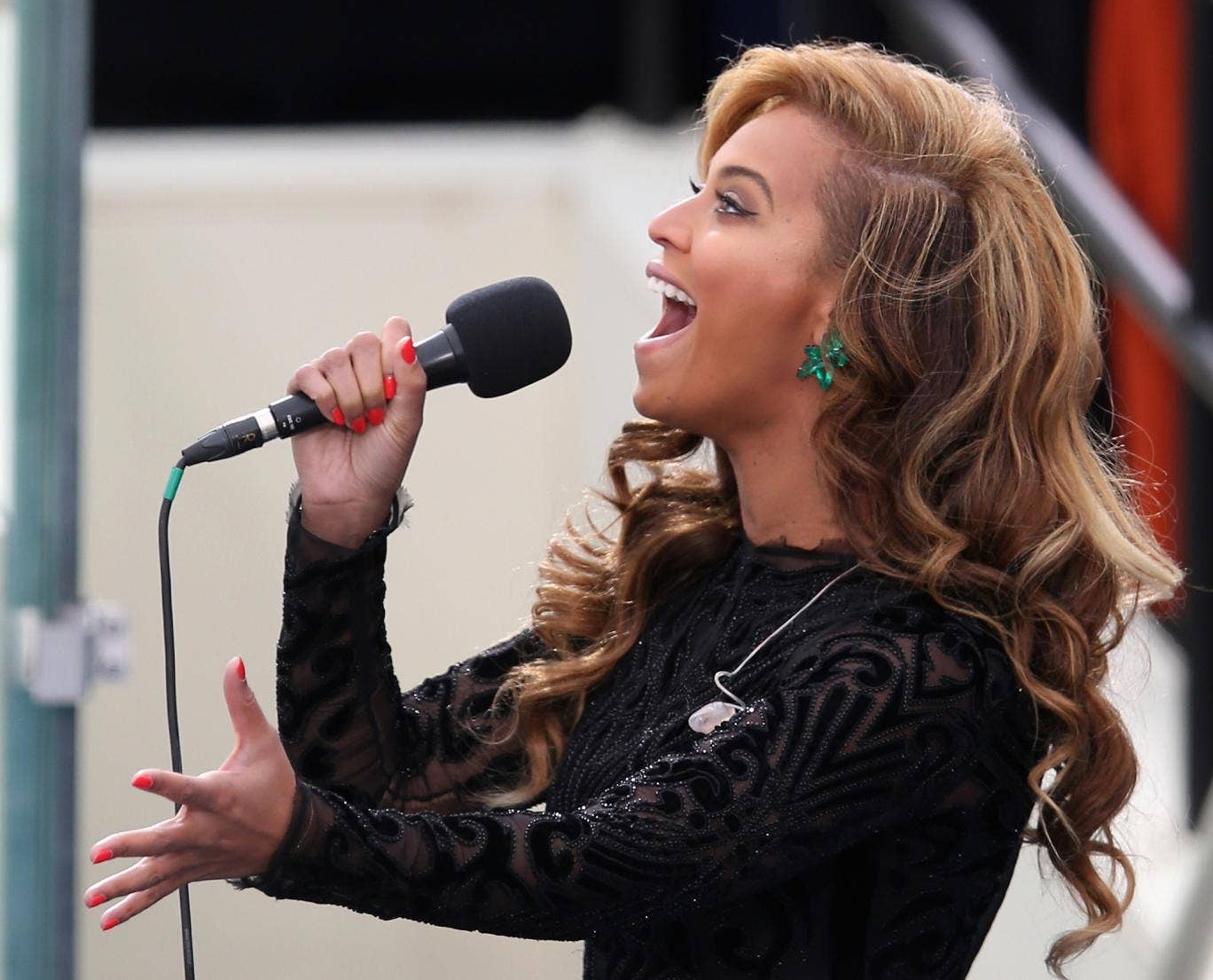 Did Beyonce lip-synch at the President's inauguration