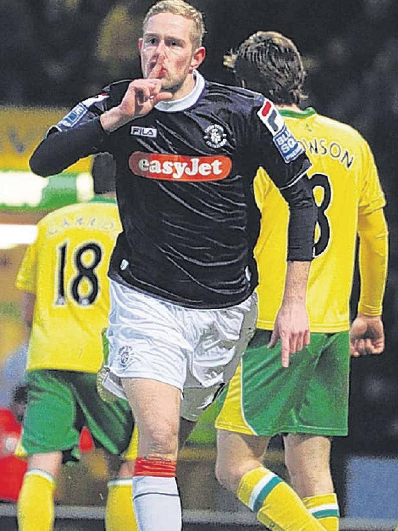 Scott Rendell, of Luton Town, celebrates his winning goal at Carrow Road on Saturday