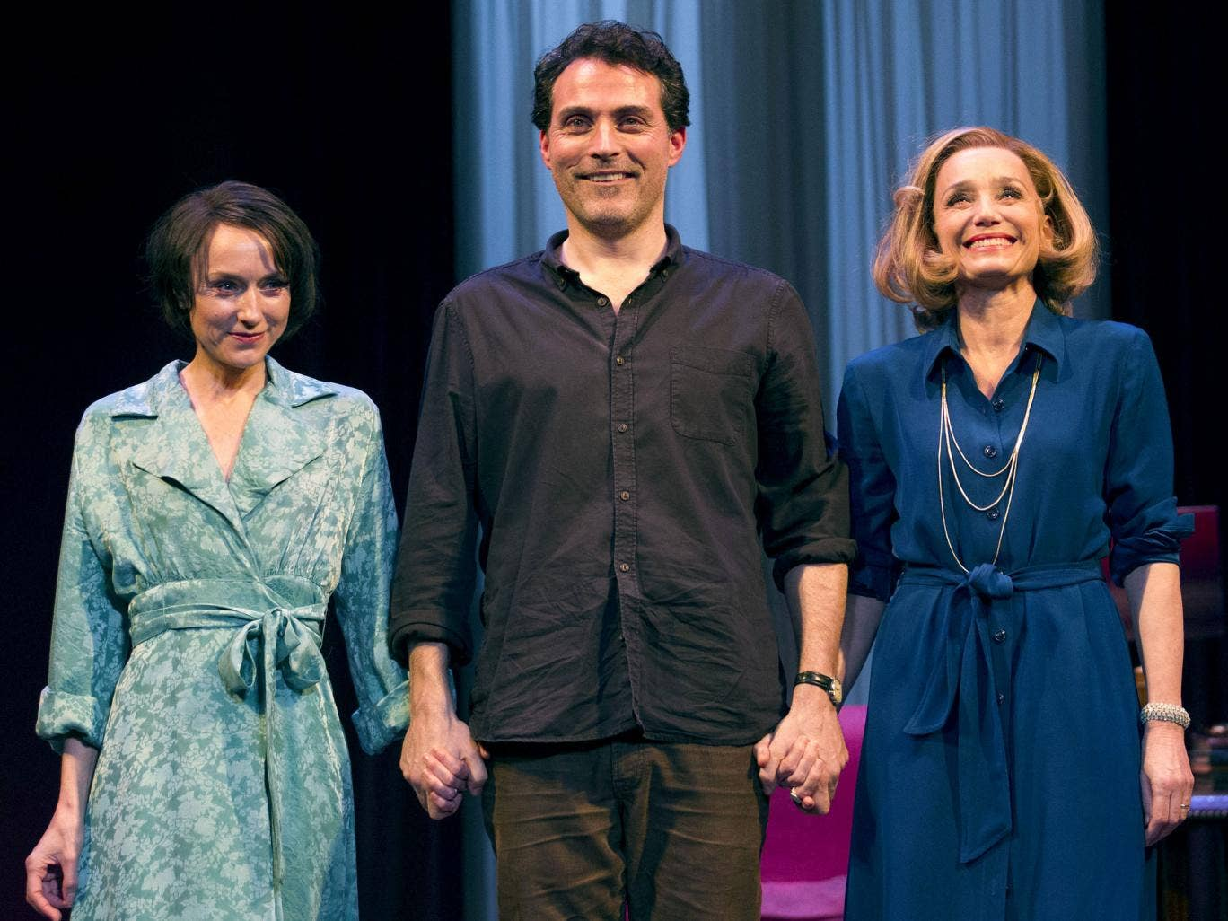 Lia Williams, Rufus Sewell and Kristin Scott Thomas star in 'Old Times' at the Harold Pinter Theatre