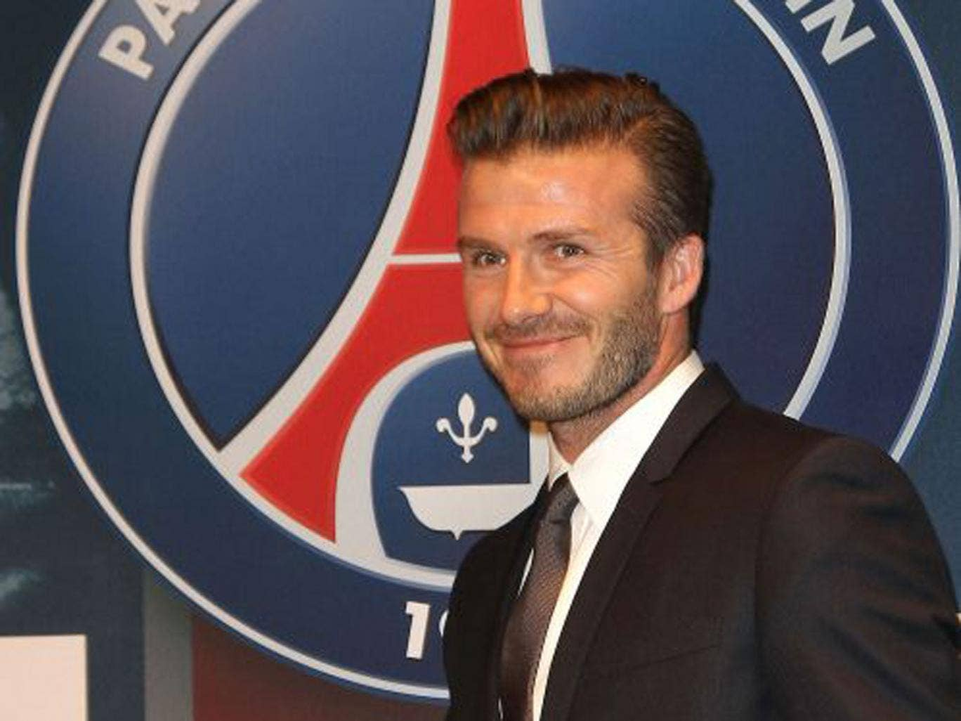 David Beckham signs on for a shift with Paris Saint-Germain
