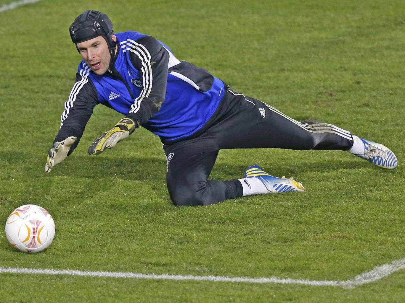 Petr Cech will face former club Sparta Prague for the first time