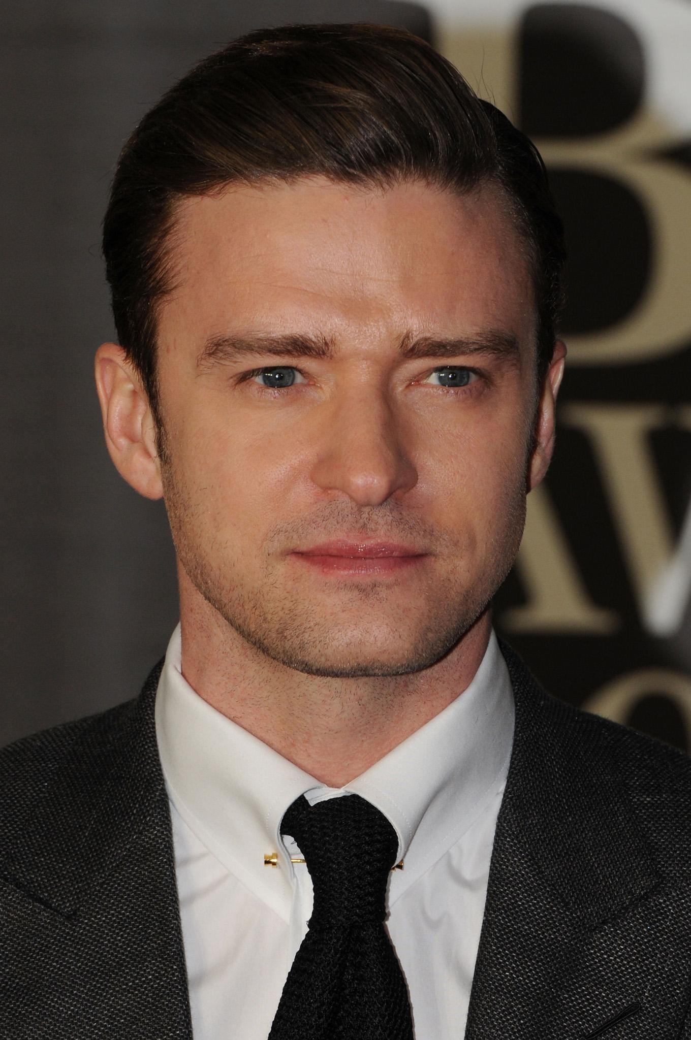 Justin Timberlake arrives at the Brit Awards 2013
