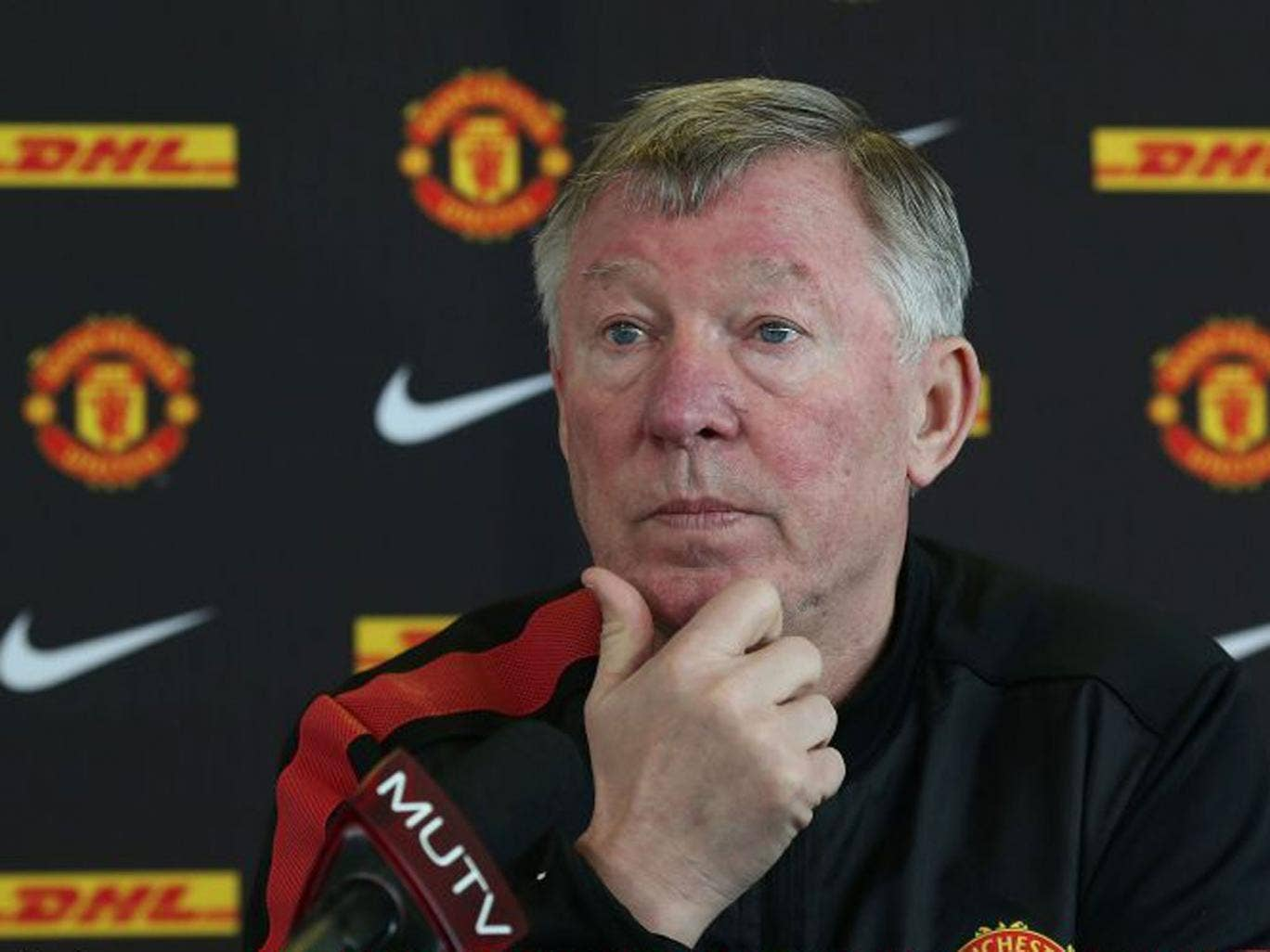 'We'd like to see agents go away,' says Sir Alex Ferguson