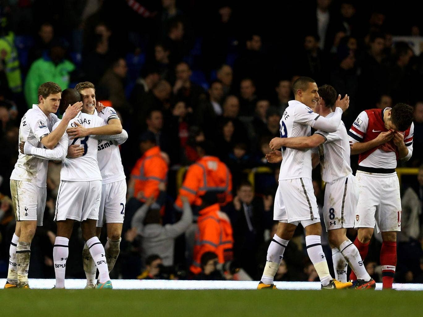 Tottenham celebrate victory over Arsenal