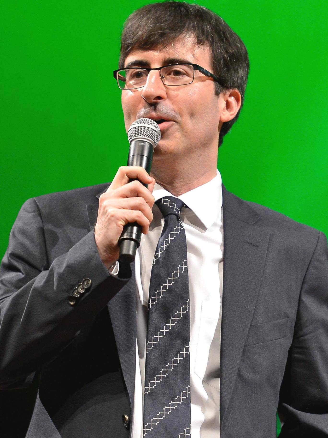 'The Daily Show' spoof reporter, John Oliver