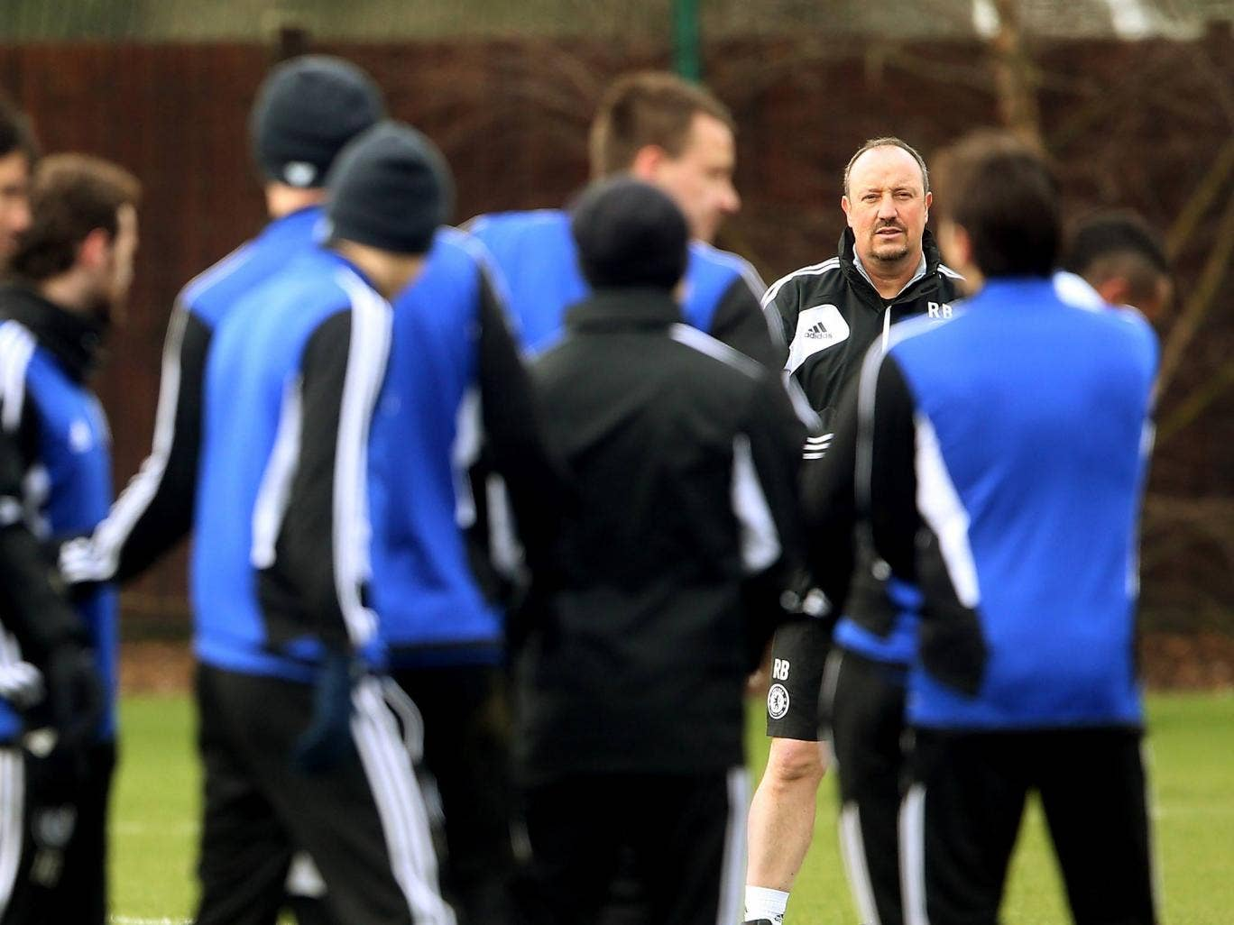Rafael Benitez takes a Chelsea training session