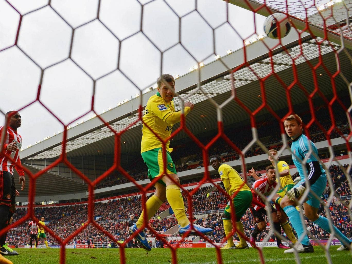 Wesley Hoolahan of Norwich scores to make it 1-0 against Sunderland. The match ended 1-1