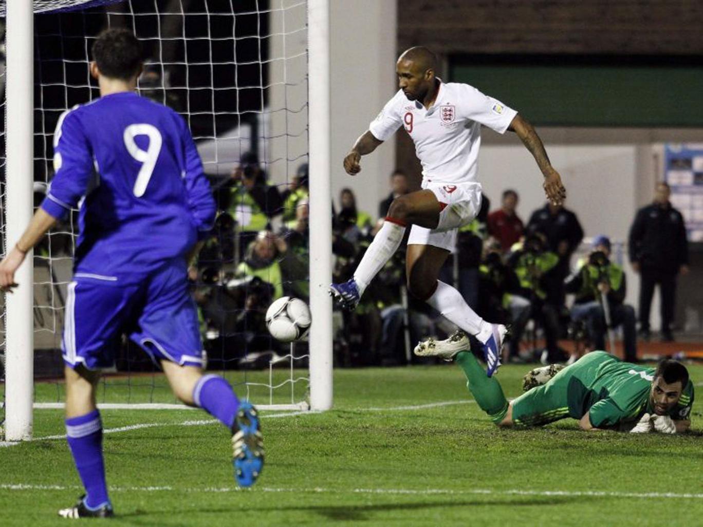 Jermain Defoe taps in his goal for England