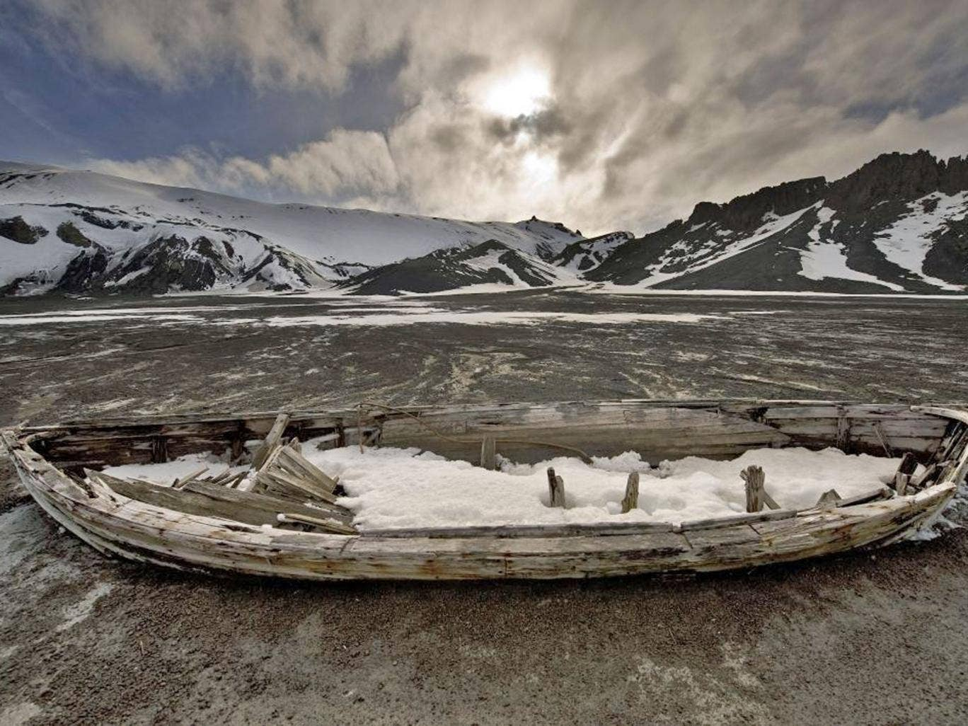 <p><b>2. Antarctica </b> <br/>Lonely Planet justified the icy continent's placement by saying visitors have a chance to take life on and follow in the path of other intrepid explorers.</p>