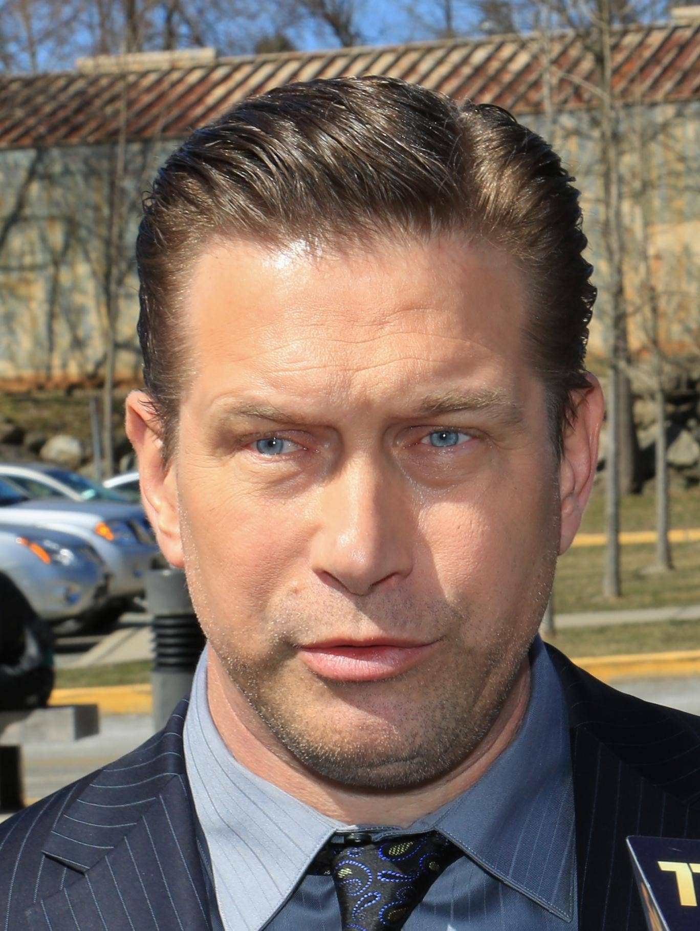 Actor Stephen Baldwin addresses the media after pleading guilty to a charge of repeated failure to file income taxes at Rockland County Courthouse