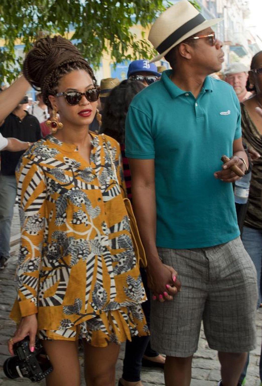 U.S. singer Beyonce and her husband, rapper Jay-Z, tour Old Havana, Cuba