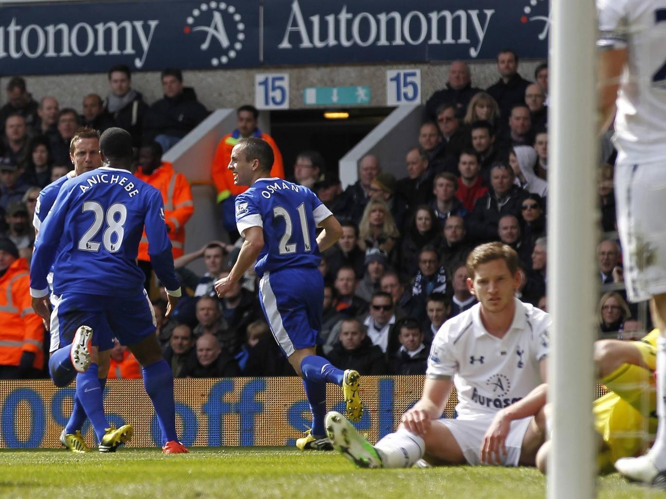 Phil Jagielka of Everton celebrates after scoring against Tottenham