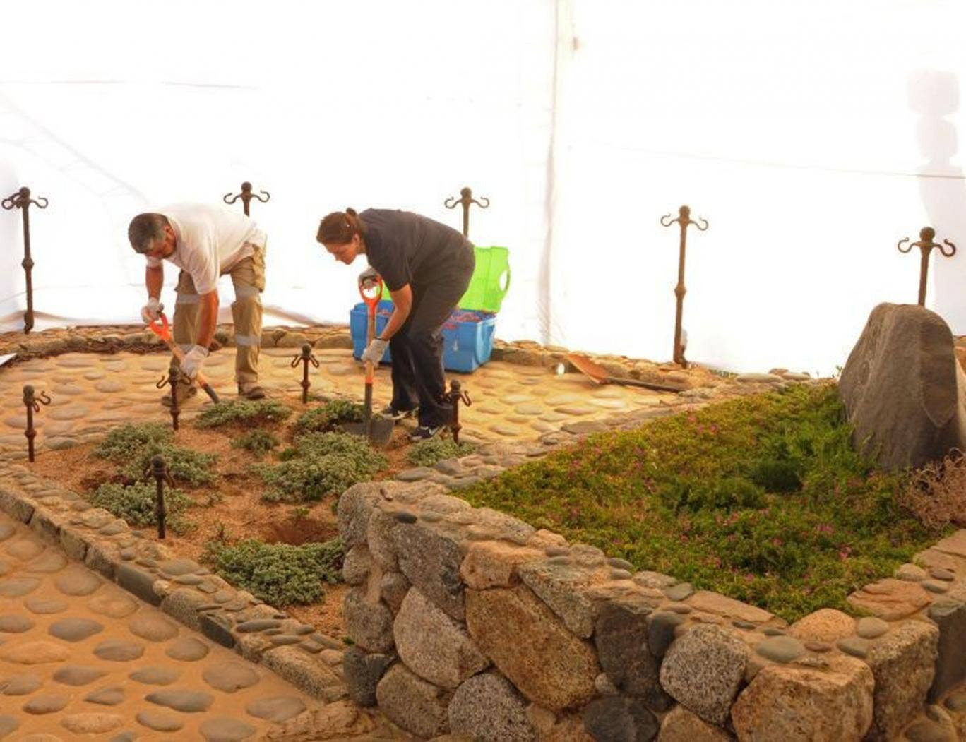 Specialists digging up the grave of Pablo Neruda