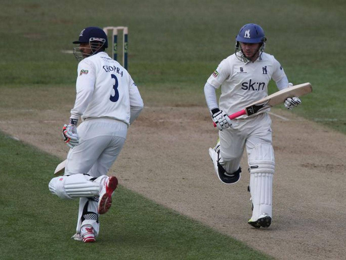 Varun Chopra is poised to lead Warwickshire's title defence
