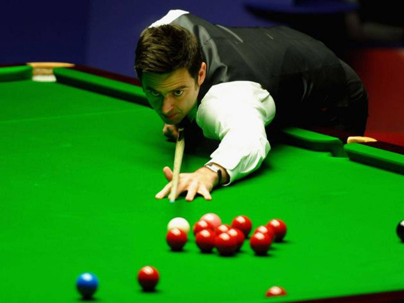 Ronnie O'Sullivan is back on the green baize