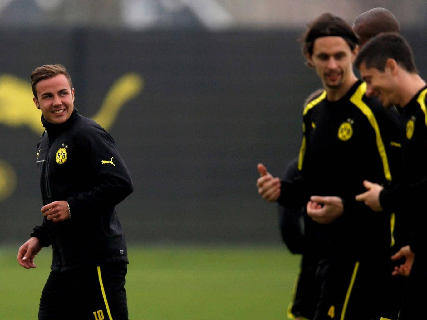 Mario Gotze trains with his team-mates ahead of the match with Real Madrid