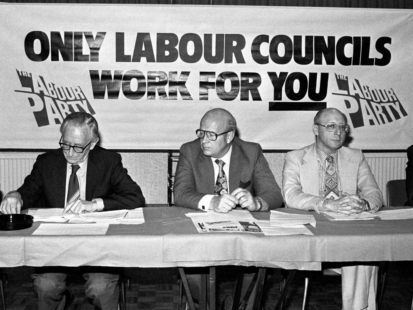 Mortimer, centre, at a press conference in 1982 with Frank Allaun, left, and Gerald Kaufman