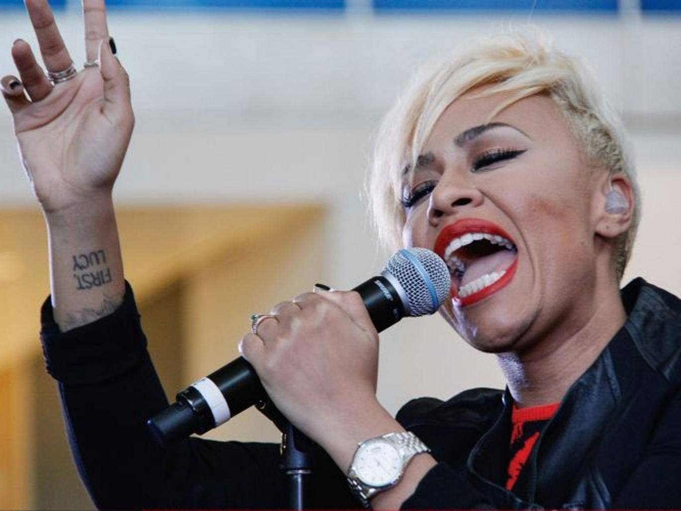 """Emeli Sande's """"Our Version of Events"""" became the debut album to spend more consecutive weeks in the top 10 than any other"""