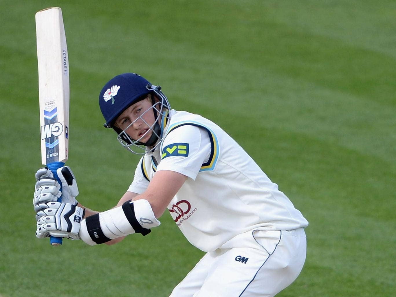 Joe Root showed his class with 182 to help Yorkshire to victory