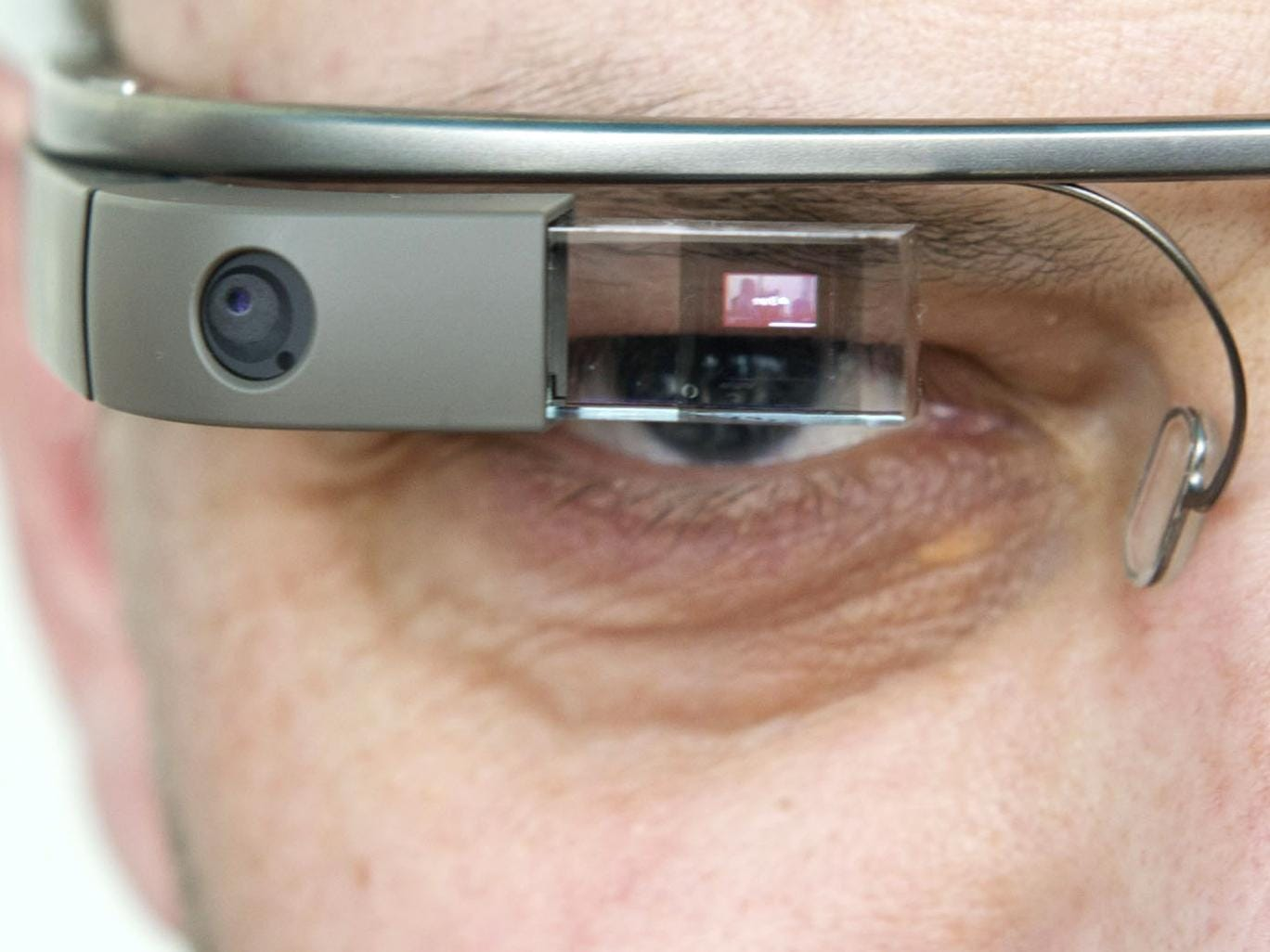 Google Glasses will make suggestions based on what you're seeing