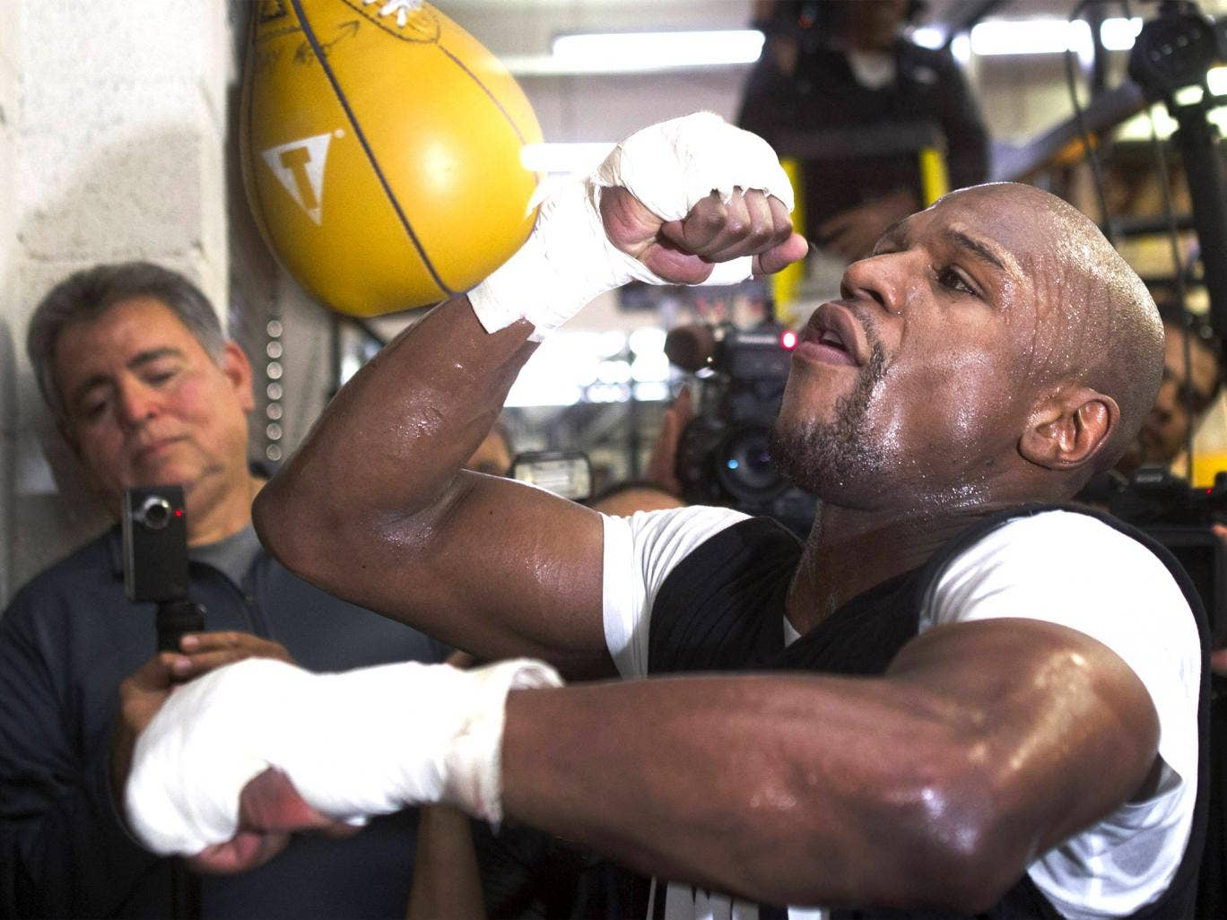 Floyd Mayweather training in Las Vegas last month. His new six-fight deal could take his career earnings past $1bn