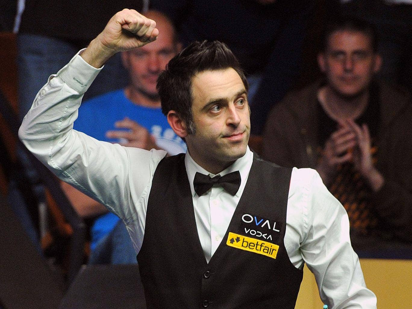 Ronnie O'Sullivan brushed aside the challenge of Judd Trump
