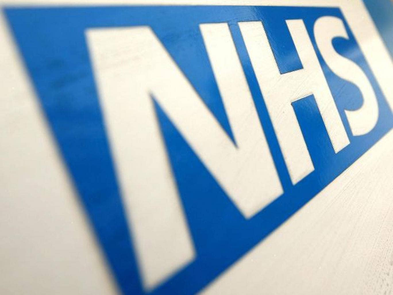 A new NHS Helpline has been putting peoples lives at risk, doctors are saying