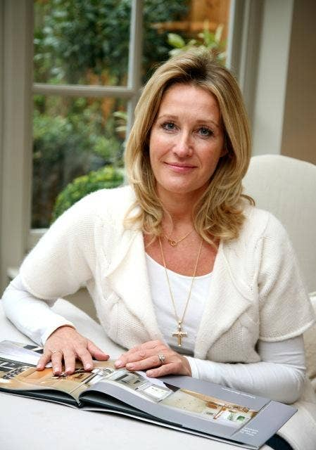 Bee Osborn is an interior designer who lives in London with her three daughters and art dealer husband